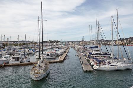 Los náuticos españoles ven de justicia la renovación del club de Ibiza y piden el mismo criterio para Gandía